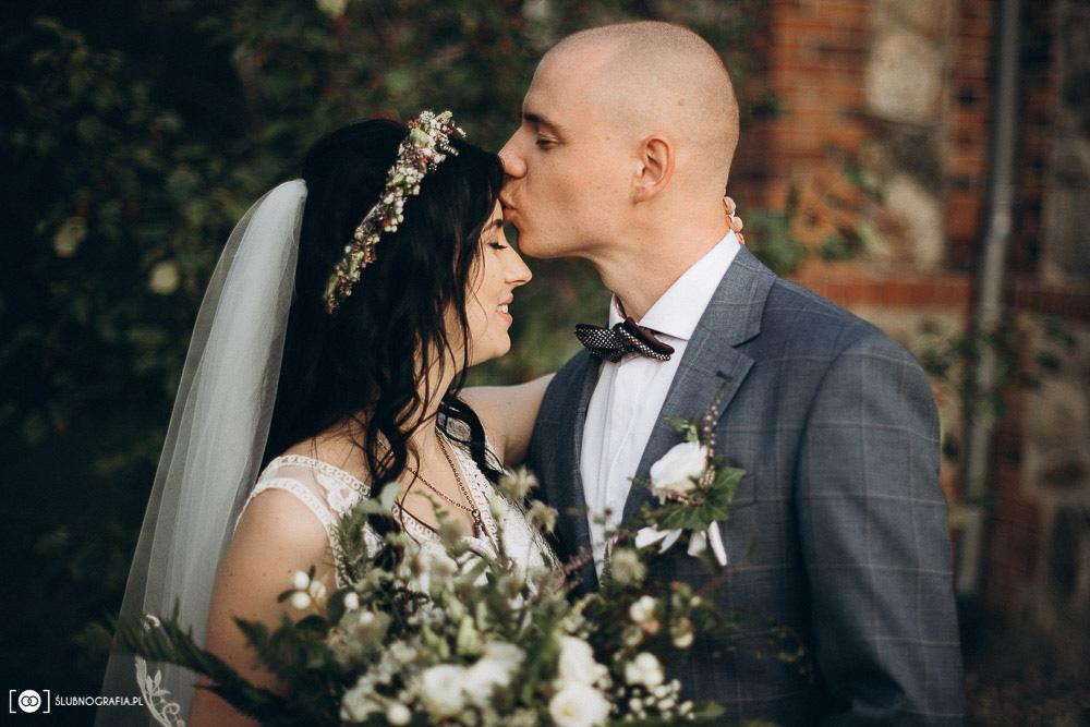 Natalia i Konrad<br>Sesja ślubna w Olchowym Gościńcu