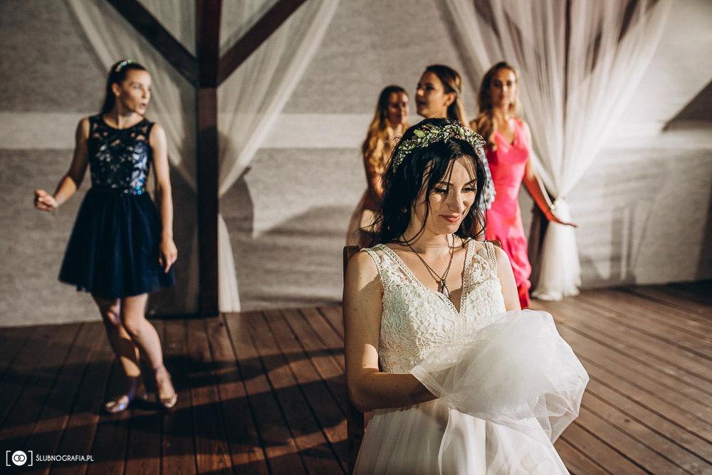 Zdjęcia ślubne Natalii i Konrada ze ślubu w Zielonej Górze oraz wesela w Olchowym Gościńcu