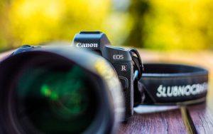 Podstawowy aparat fotografa ślubnego